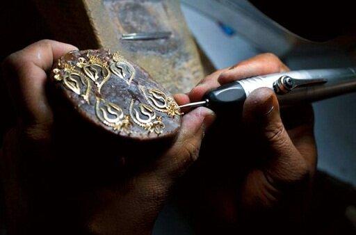 ساخت مصنوعات طلا به جای طلای خام