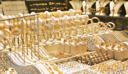 ریزش بی سابقه مشتریان طلا به علت شیوع کرونا!
