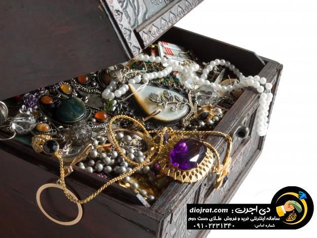 دسته بندی جواهرات قبل از فروش